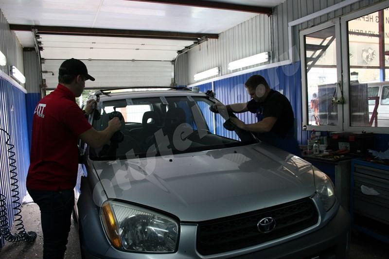 Замена лобового стекла шевроле орландо